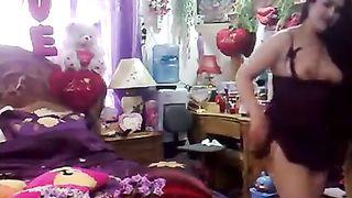 Hindi aunty exposing her naked body