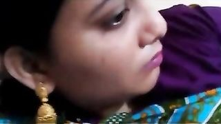 Indian Muslim aunty exposed her intimate part on demand
